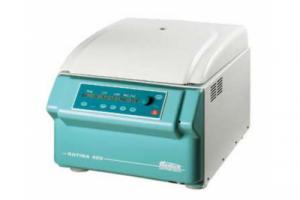 ROTINA 420R Компактная центрифуга большой вместительности